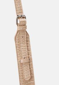 HVISK - CAYMAN POCKET - Across body bag - sand beige - 4