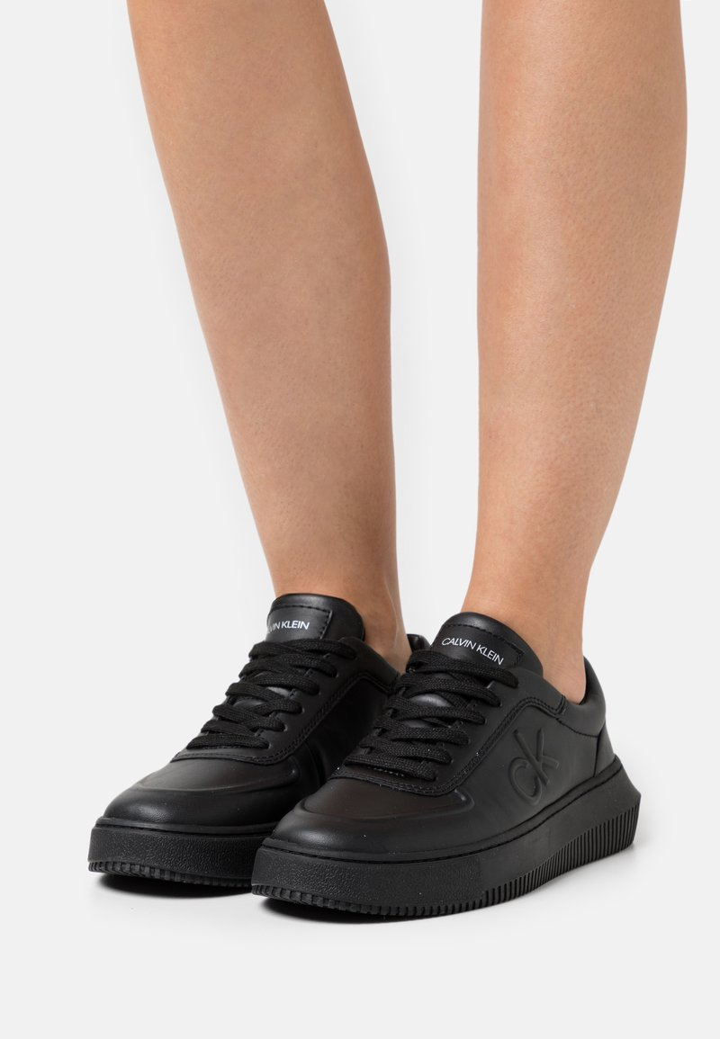 Calvin Klein Jeans - CHUNKY SOLE LACEUP OXFORD  - Joggesko - full black