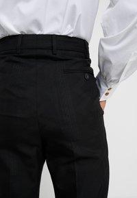 Vivienne Westwood - CROPPED GEORGE - Pantaloni eleganti - black - 5
