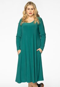 Yoek - Day dress - green - 0