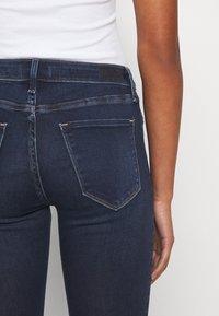 Abercrombie & Fitch - DARK CLEAN - Jeans Skinny Fit - indigo - 6