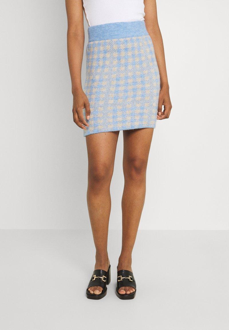 Vila - VICHEKINA SHORT SKIRT - Mini skirt - natural melange/blue
