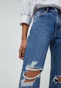 PULL&BEAR - MOM - Relaxed fit jeans - mottled blue - 4