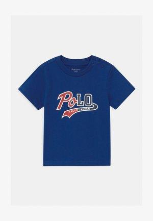T-shirt z nadrukiem - sistine blue