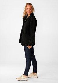 Noella - VIKSA - Short coat - black - 1