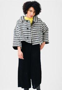 Solai - Summer jacket - black & white - 0