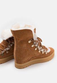 Marc Cain - Lace-up ankle boots - cognac - 4