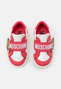MOSCHINO - Tenisky - white/red - 3