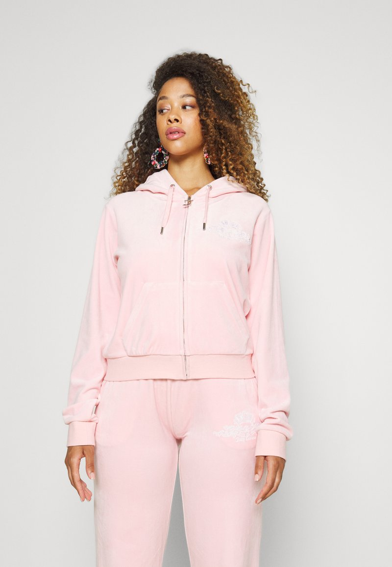 Juicy Couture - ANNIVERSARY CREST  HOODIE - Sweater met rits - almond blossom