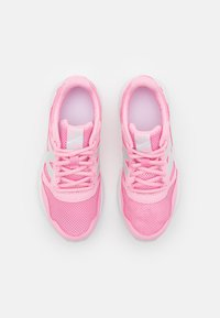 New Balance - 570 LACES UNISEX - Scarpe running neutre - pink - 3