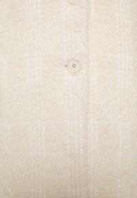 Banana Republic - PLAID LASH WEEKENDER COAT - Classic coat - almond amaretto - 2