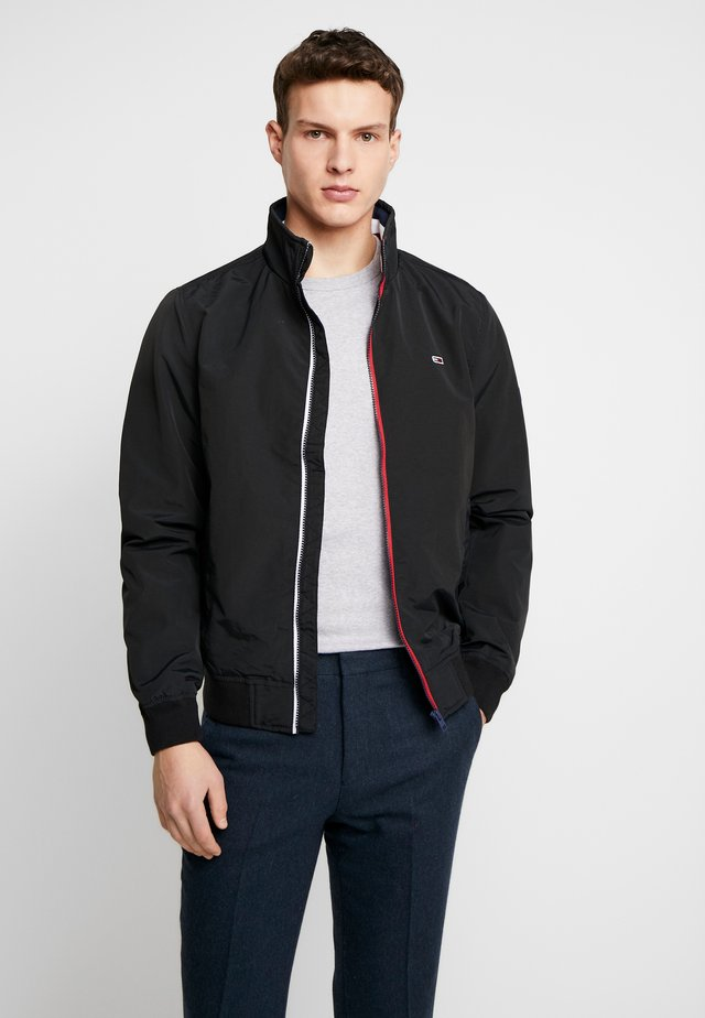 ESSENTIAL JACKET - Chaqueta fina - black
