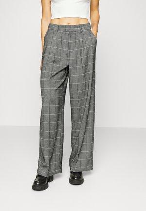 ONLANNELIE WIDE LEG PANT - Kalhoty - light grey melange