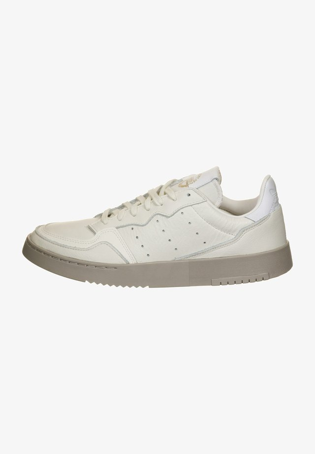 SUPERCOURT - Sneakers basse - white
