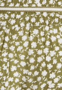 Supermom - FLOWER - Shorts - olive drap - 2