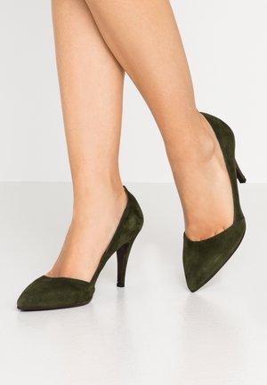 Zapatos altos - verde