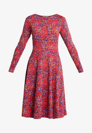 SIGRID DRESS - Trikoomekko - rust red berrygood