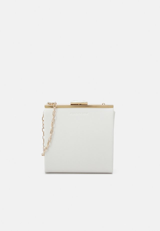 JENNIE MINI FRAME - Clutch - porcelain