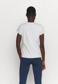 Peak Performance - ORIGINAL TEE - Print T-shirt - antarctica - 2