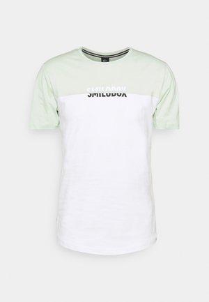 HERREN - T-shirt con stampa - grün