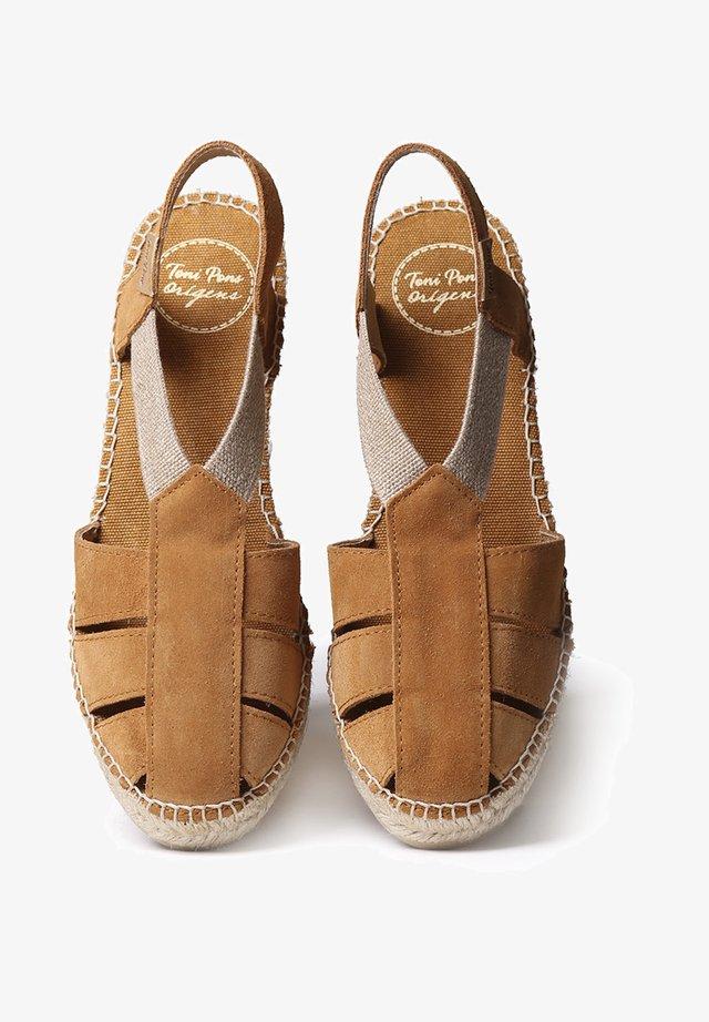 TRAPA - Sandales compensées - tan