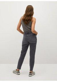 Mango - NEWMOM - Slim fit jeans - open grijs - 2