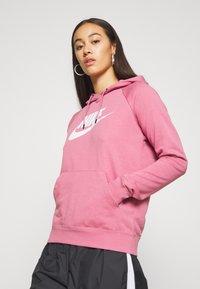 Nike Sportswear - HOODIE - Hoodie - desert berry - 3