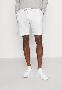 Tommy Hilfiger - Shorts - ecru - 0