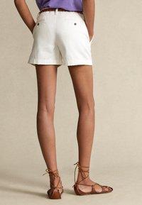 Polo Ralph Lauren - Short - warm white - 2