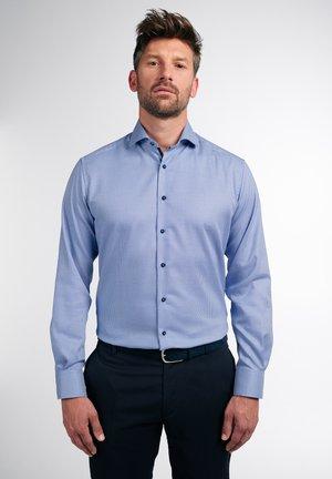 LANGARM MODERN FIT - Shirt - blau