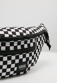 Vans - RANGER WAIST PACK - Bum bag - black/white - 6