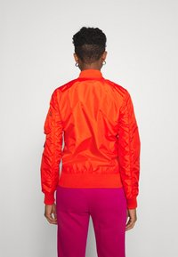 Alpha Industries - Bomber Jacket - atomic red - 2
