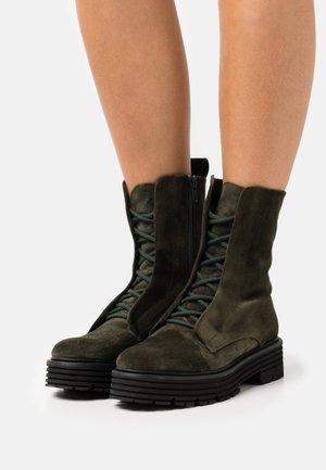 MORI - Platform ankle boots - foresta