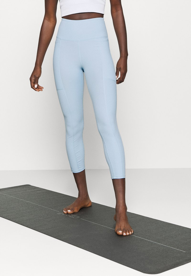 Cotton On Body - POCKET 7/8 - Leggings - baby blue