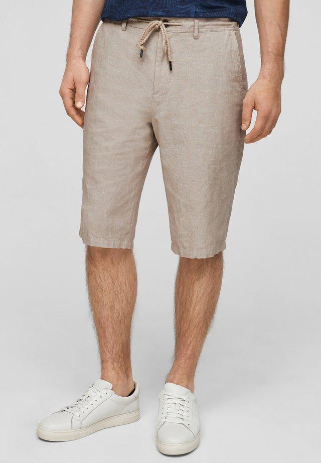 SLIM FIT  - Shorts - beige melange