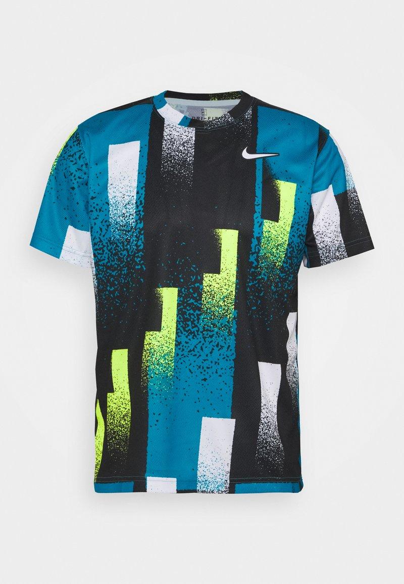 Nike Performance - DRY TOP - Print T-shirt - topaz mist/white
