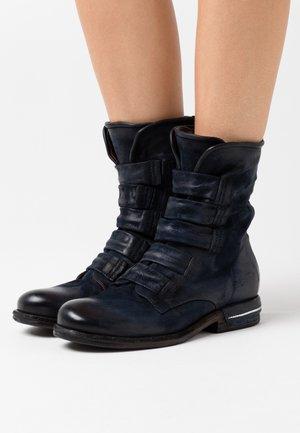 Kotníkové boty - tornado