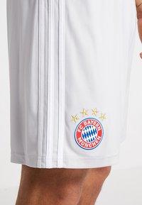 adidas Performance - FC BAYERN MÜNCHEN - Pantalón corto de deporte - grey - 4
