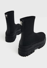 Bershka - Platform ankle boots - black - 2