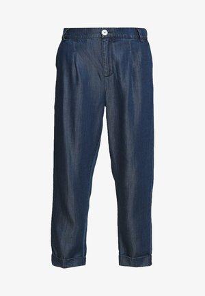 CHINO PANT IN DRAPEY - Kalhoty - indigo