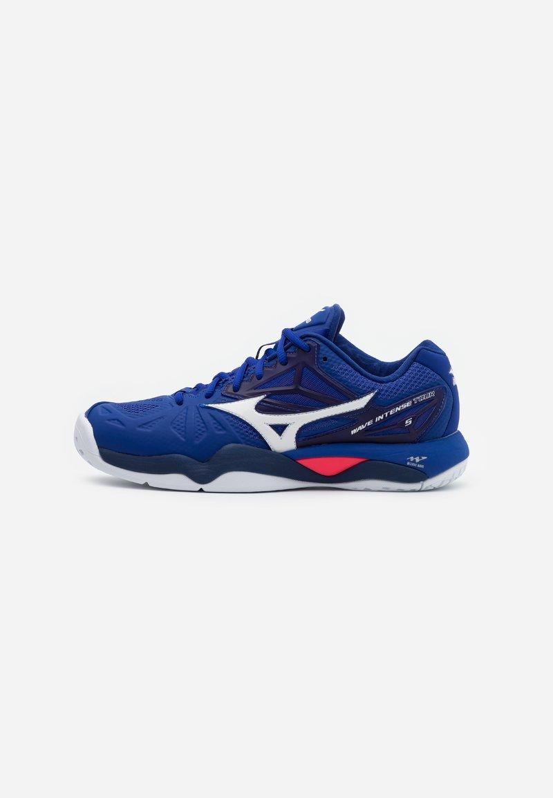 Mizuno - WAVE INTENSE TOUR 5 AC - Tenisové boty na všechny povrchy - reflex blue/white/diva pink
