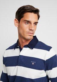 GANT - ORIGINAL BARSTRIPE HEAVY RUGGER - Polo shirt - eggshell - 4