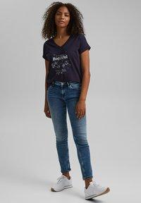 edc by Esprit - Print T-shirt - navy - 1