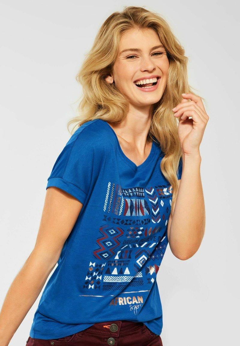 Cecil - MIT ETHNO-PRINT - Print T-shirt - blau
