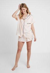 BlueBella - ABIGAIL - Pyjama set - pale pink/black - 1