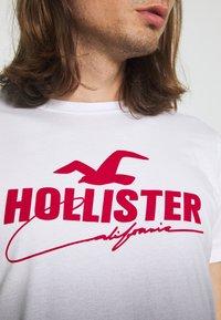 Hollister Co. - WEBEX - Print T-shirt - black - 4