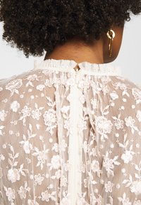 Needle & Thread - GISELLE BALLERINA DRESS EXCLUSIVE - Společenské šaty - champagne/pink - 5