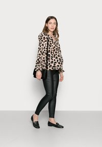 Missguided Maternity - VICE COATED  - Jeans Skinny - black - 1
