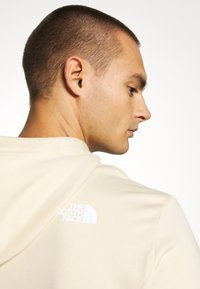 The North Face - STANDARD HOODIE - Huppari - bleached sand - 4