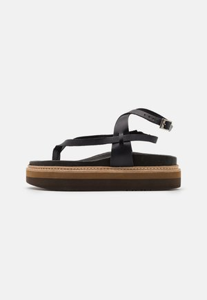 ESTRELLA - Sandály s odděleným palcem - black